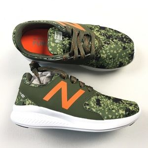 e737784bb401 ... 574 Aqua Croc Kids Youth Shoes 1 Z13 New Balance Fuel Core Camo Kids  Shoes Sz 1  64 Z87 ...